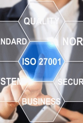 Com base nos requisitos da ISO 27001